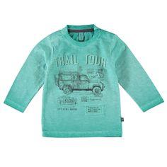 """Babyface T-shirt met ronde hals en lange mouw voor jongens in de kleur groen. Dit tricot T-shirt van Babyface, uit de winter collectie, is gemaakt van 100% katoen. Verkrijgbaar in de maten 68 t/m 104 en bij de linkerschouder een drukknoopsluiting. Op de voorkant een verwassen print met de tekst """"TRAIL TOUR"""" en een rafelige stoffen applicatie. Dit artikel heeft een speciale verf behandeling gehad en kan hierdoor afwijken van de foto, door het dragen en wassen kan de kleur vervagen."""