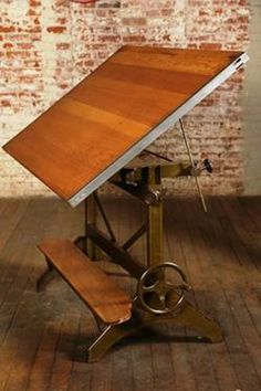 Drafting table, wind it down for a great versatile table. Steampunk Furniture, Industrial Furniture, Vintage Industrial, Steel Furniture, Custom Furniture, Cool Furniture, Vintage Drafting Table, Drafting Tables, Drafting Desk