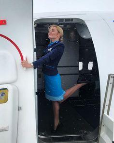 """Катя ♥ on Instagram: """"Осторожно!!! Двери закрываются, следующая остановка - выходные) #work #workout #stewardess #stewardesslife #topstewardess…"""""""