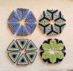 Beaded Flowers Patterns, Bead Crochet Patterns, Seed Bead Patterns, Beaded Jewelry Patterns, Peyote Patterns, Beading Patterns, Triangle Pattern, Seed Bead Jewelry, Molde