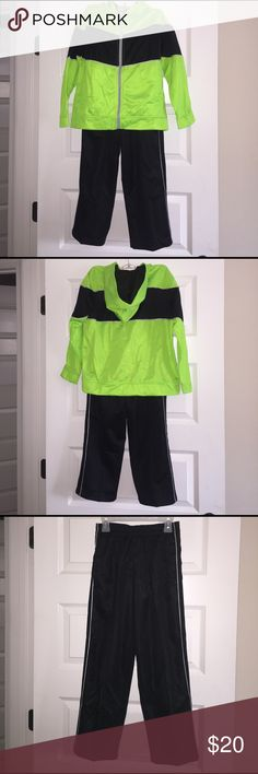 Brand New 2 Piece Kids' Jogging Suit Size 8. Starter Neon Green And Black Hooded Jacket And Pants Starter Matching Sets