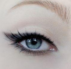 Smudged cat eye