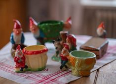 Clara's Christmas Archive - Page 2 of 21 - WonderfulClara Primitive Country Christmas, Swedish Christmas, Scandinavian Christmas, Christmas Ideas, Traditional, Tableware, God, Vignettes, Sweden