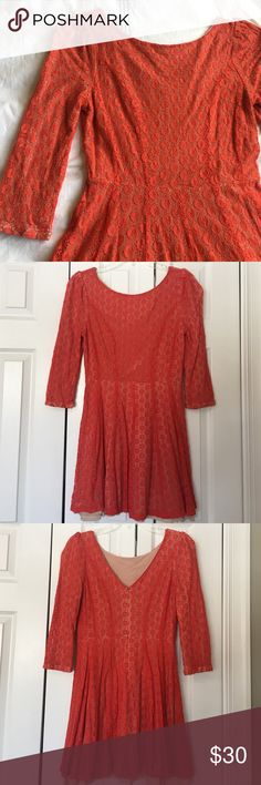Gianni Bini orange textured fit and flare dress The most flattering fit! EUC. 60% cotton, 40% nylon. 32 inches long. Gianni Bini Dresses