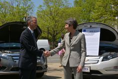 April 20 - Interior Secretary Sally Jewell and GSA Administrator Dan Tangherlini commemorated Earth Day by agreeing to sign up for GSA's new Hybrid Fleet program. The program, where agencies can receive a hybrid car for the same price as a regular car, is projected to save the government more than $10 million.