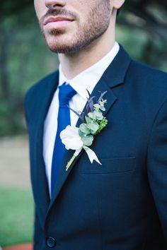 Halloween Wedding Inspiration by Myke & Teri Photography Wedding Groom, Wedding Men, Dream Wedding, Wedding Dress Suit, Wedding Dresses, Grooms Party, Wedding Gifts For Men, Black Fondant, Romantic Nature