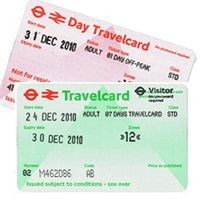 Travelcard vs Oyster Card for transportation