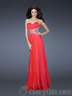 We Know you Love La Femme Dresses as Much as We Do! Find the Perfect La Femme Prom or Homecoming Dress of Your Dreams Today at Peaches Boutique Evening Dress Hire, Chiffon Evening Dresses, Cheap Evening Dresses, Chiffon Dress, Strapless Dress Formal, Dress Prom, Cheap Prom Dresses Online, Prom Dresses 2017, Sexy Dresses