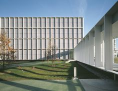 Office Building 200 by Nissen & Wentzlaff Architekten.