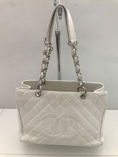 4a8ba833bcfa CHANEL White Caviar Quilted Leather Grand Shopping Tote GST Silver Hardware   925.0
