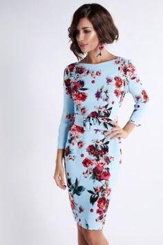 Catálogo Matilde Cano - Vestidos largos y cortos para las ocasiones especiales Flower Dresses, Cute Dresses, Short Dresses, Summer Dresses, Look Fashion, Fashion Outfits, Womens Fashion, Fashion Design, Mom Dress