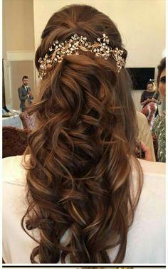 Hair Styles Hair styles Piercing piercing o pircing Bridal Hairstyles With Braids, Engagement Hairstyles, Bridal Hair Buns, Saree Hairstyles, Open Hairstyles, Bridal Hairdo, Hairdo Wedding, Long Hair Wedding Styles, Indian Wedding Hairstyles