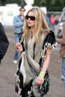 Kate Moss - Desert Vibes: Coachella Style & Music Guide
