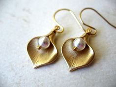 Bridesmaids Gifts, Calla Earrings Gold Lilly Pearl Earrings Bridal by BlueDoveStudio, $18.00