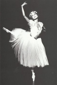 Elisabeth Platel  b. 1959  Paris Opéra Ballet ♥ Wonderful! www.thewonderfulworldofdance.com #dance