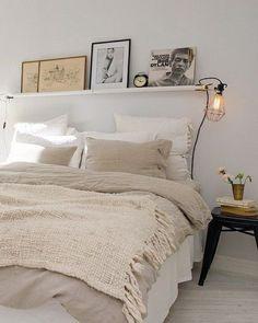Einrichtungsideen Schlafzimmer - gestalten Sie einen gemütlichen Raum einrichtungsideen bett wandregal schlafzimmer ideen Examples Of Cozy Study Space To Inspire You Home Bedroom, Bedroom Decor, Bedroom Ideas, Bedroom Furniture, Bedroom Lighting, Headboard Ideas, Modern Bedroom, Bedroom Lamps, Ikea Bedroom