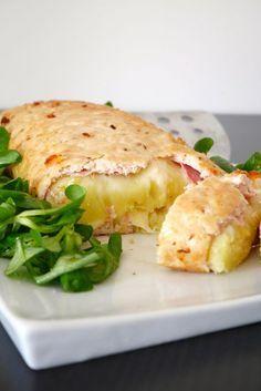 Polpettone di pollo ripieno con purè, prosciutto e formaggio (Chicken stuffed meatloaf with mashed potatoes, ham and cheese)