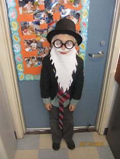 100th day - Dress up like you are 100 years old! Love that beard :)