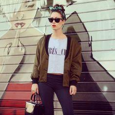 #sweatshirts #très_chic #newpostonmyblog http://blog.3chic.com/2014/04/hashtag-tres-chic.html