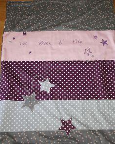 Couverture étoilée prune, rose, gris perle doublée polaire à personnaliser avec prénom : Linge de lit enfants par lilouetpuce