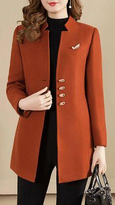 Mode Mantel, Camel Coat, Basic Tops, Denim Fabric, Outerwear Women, Look Fashion, Coats For Women, Casual Outfits, Costume