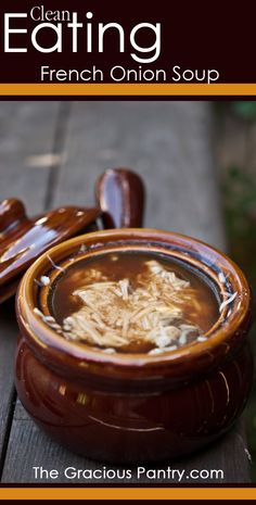 Clean Eating French Onion Soup ~ This is delicious! My kids and I devoured it!