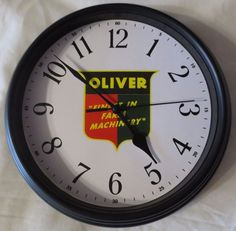 """NEW OLIVER """"OLIVER FINEST IN FARM MACHINERY LOGO"""" WALL CLOCK USED 1945-1954"""