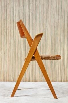 """""""The Cross Chair"""" Designed by Frank Reenskaug"""