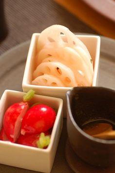 Japanese-Style Pickles (Rekon Root Rotus and Red Radish)|ピクルス