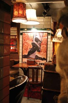 Secret bar - Kings Cross, London. Cahoots is a 1940s-underground-themed cocktail bar.