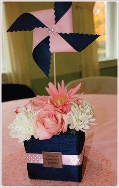 pink and navy, cute pinwheel idea