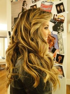 Gorgeous hair. Love!