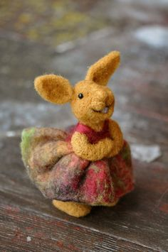 *Needle Felted wool Bunny Rabbit - needle felted animals.*