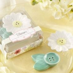 These lovely little daisy-inspired flower blossom ceramic salt and pepper shakers make perfect spring and garden wedding favors. Salt N Pepper, Salt Pepper Shakers, Secret Garden Theme, Daisy Party, Elegant Wedding Favors, Chic Wedding, Wedding Ideas, Wedding Supplies Wholesale, Bridal Shower Party