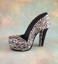 Fondant/gumpaste shoe cake topper Zebra Shoe by cakedreamsbyiris, $65.00
