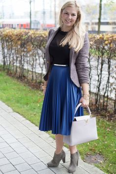 NEW POST ON MY BLOG www.glamfizz.de #fashion #blog #blogger #mode #style #ootd #outfit #plissee #pleated #skirt