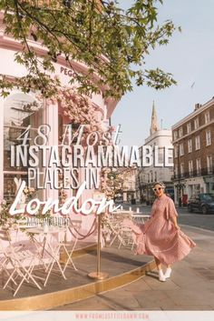 Check out this mega guide to Instagrammable places in London! These are the prettiest Instagram spots to take photos at. Learn London travel tips too on my blog. Scotland Travel Guide, Europe Travel Tips, Italy Travel, Travel Articles, Travel Goals, London Instagram, Photo Instagram, Instagram Tips, Instagram Travel