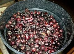 """What to Do With Muscadines?  """"I was born and raised here in Alabama, but truth be told, I'd never eaten a muscadine grape until 2 years ago.  And older Southern ladies everywhere would probably say, """"Bless her heart!""""  (And if ..."""""""