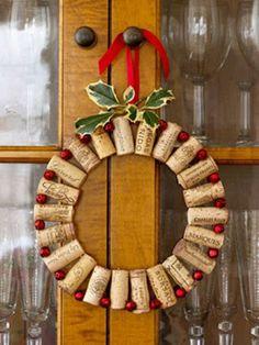 Artesanatos Reciclagem: Decoração de natal: Guirlanda com rolhas
