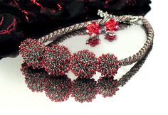 Beaded jewelry by Olga Lizunova
