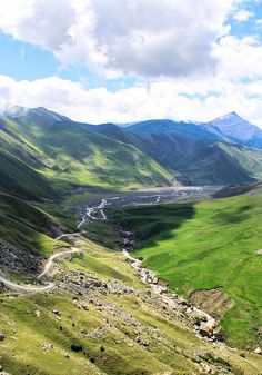 Azerbaijan www.travelbrochur...