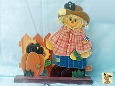 Tranca porta de espantalho, feito em mdf, pintura country com sobreposições. R$ 107,00