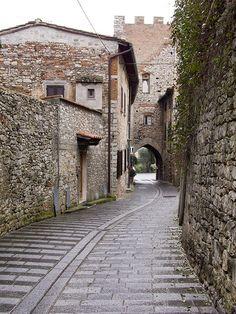 Calenzano Alto #TuscanyAgriturismoGiratola