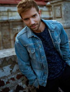 Image about pablo alboran in Pablo A. 😍 🎶 😘 by Marbielgl Carlo Rivera, Everything Is Blue, Damon Albarn, Pretty Men, Celebs, Celebrities, Man Crush, Bearded Men, Creative Photography