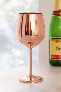 Copper Metallic Wine Glass Copper Metal, Copper Rose, Pure Copper, Kitchen Gadgets, Toy Kitchen, Kitchen Decor, Kitchen Stuff, Kitchen Ideas, Gold Wine Glasses