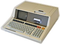 Early 80's HP85 First Portable Computer