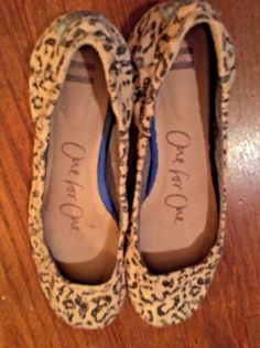 ff817f157 Womens Flats Ballet Style By Toms Size 6 pre owned #fashion #clothing #shoes