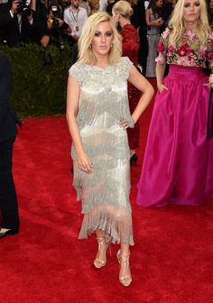 Pin for Later: Seht alle Stars bei der Met Gala Ellie Goulding in Marchesa