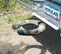 The Off Road Commode is a camouflage toilet seat that attaches to your truck or SUV's trailer hitch