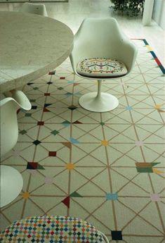 eero saarinen - miller hous -tulip chair - balthazar korab That rug on the floor!